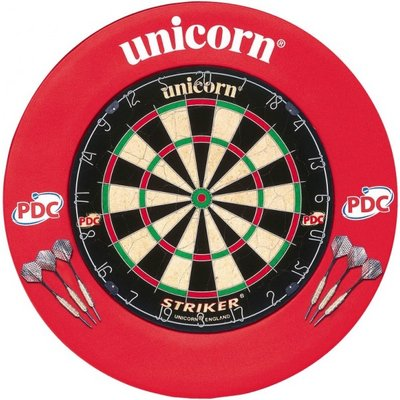 Unicorn Striker sisal dartset met surround