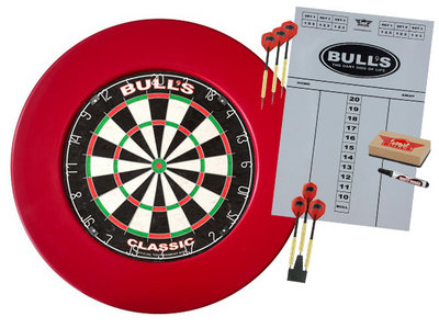 Bull's Classic sisal dartset met rode surround